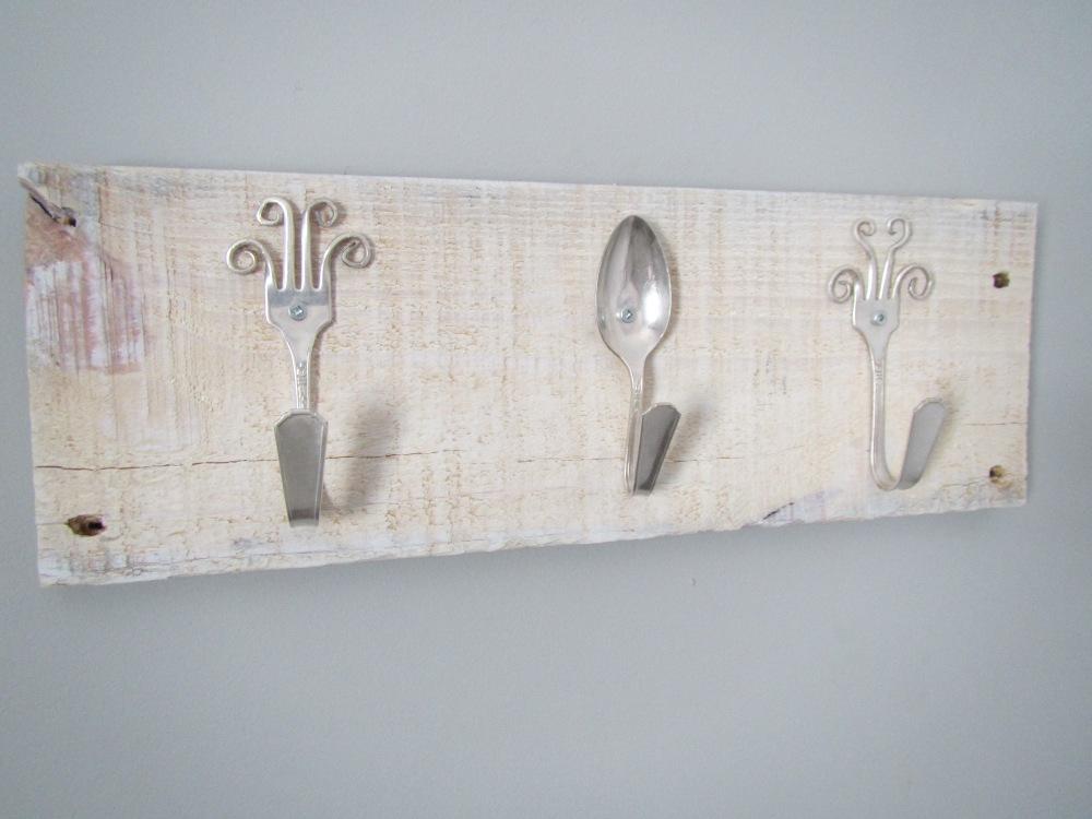 Spoons_White2